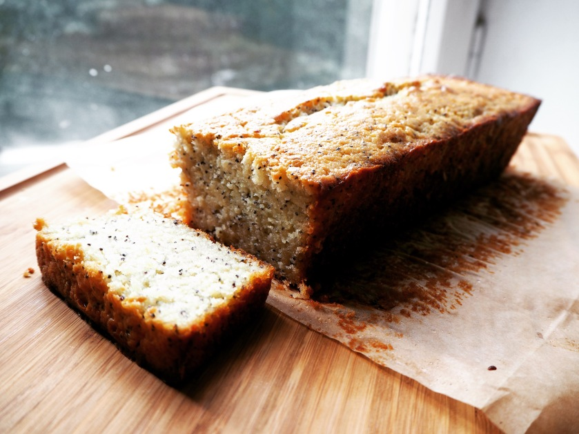 Lemon Poppy Seed Cake - E