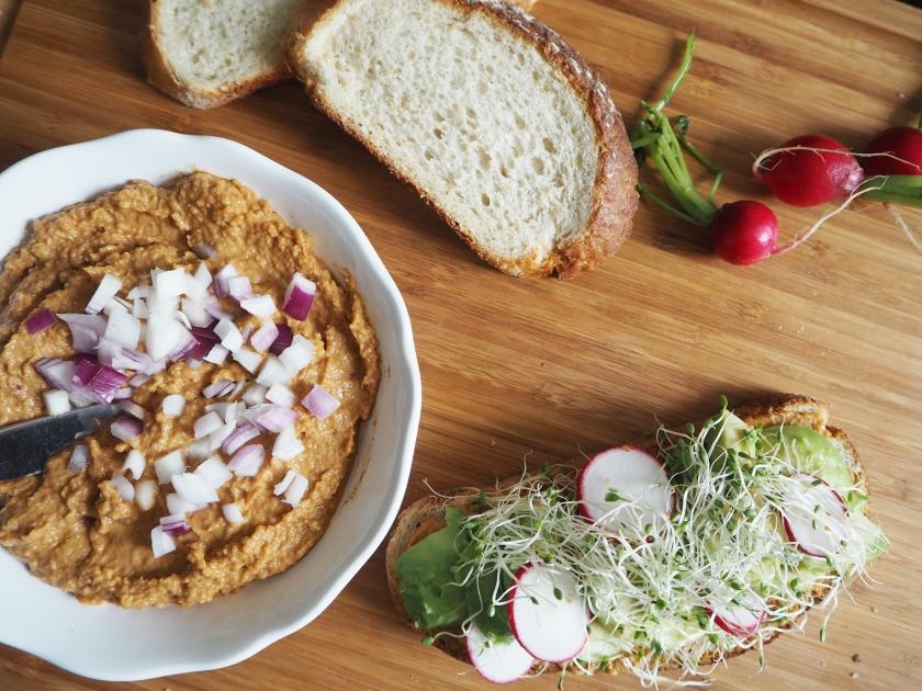 Pomegranate Hummus - E